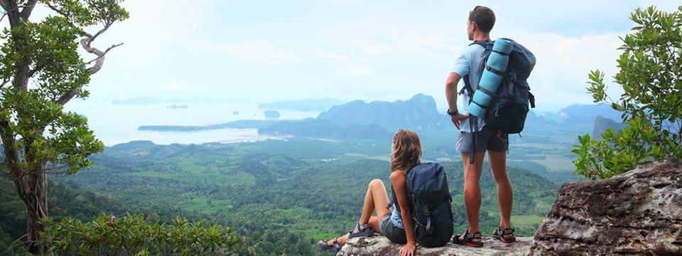 Bergsteiger mit Panoramablick - Es lohnt sich!