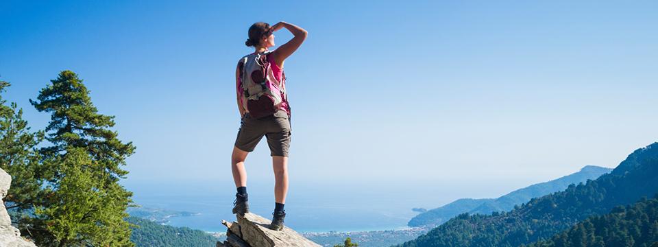 Bergsteiger mit Panoramablick